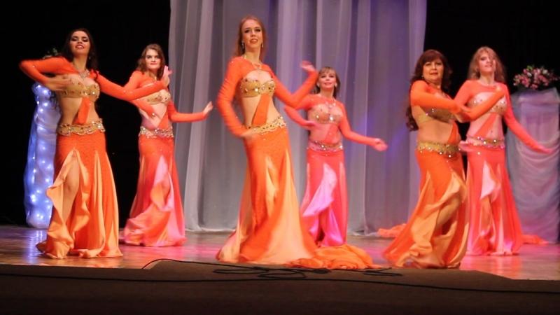 Ансамбль восточных танцев Фархат (рук. Ю.Логинова)