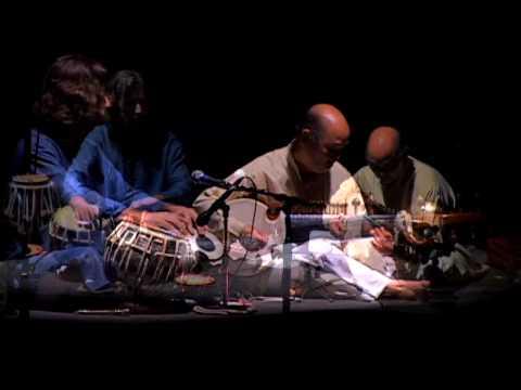 Ty Burhoe Steve Oda — Dhvani - Tabla Sarode [Live on Maui]