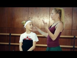 SLs ЭФФЕКТНЫЙ ТРЮК. КАК СДЕЛАТЬ КОЛЕСО В ЗАТЯЖКЕ Обучение. Учим танцам. Акробатика
