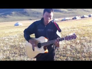 Тускай гитарист