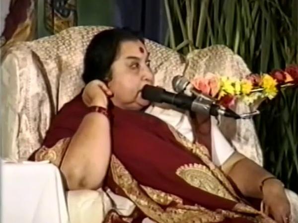 Пуджа шри Хамсе Чакре 13 09 1992 г - Божественное Благоразумие