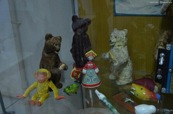 Маша и три злых медведя.