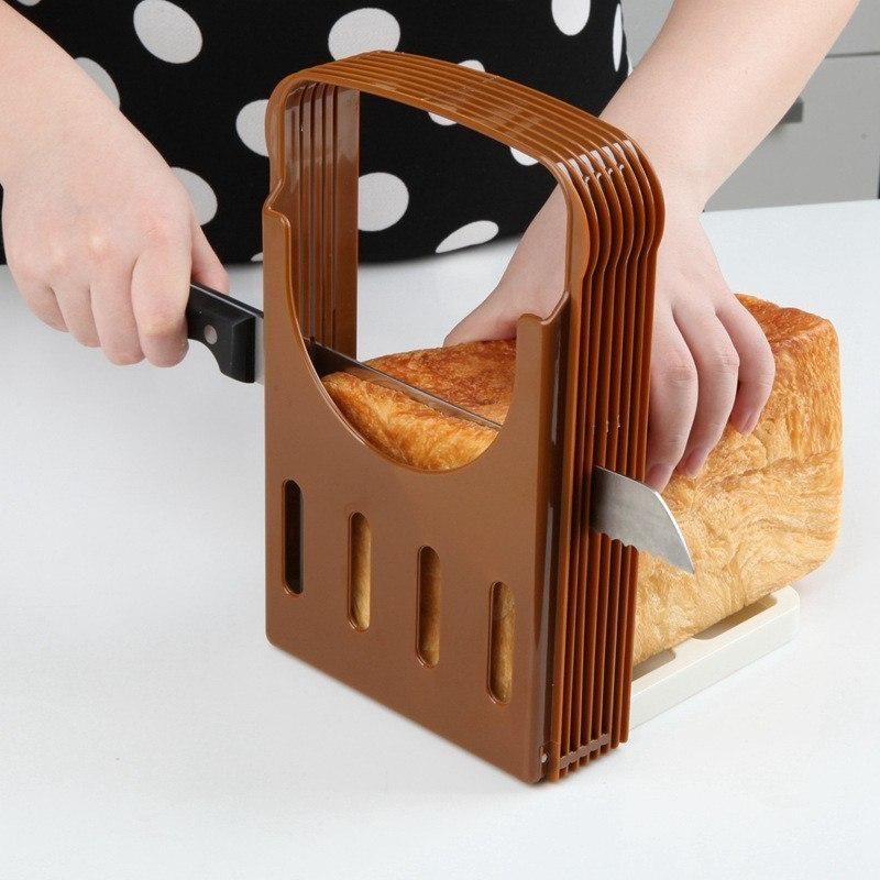 Удобное приспособление для нарезания ровных хлебных ломтиков
