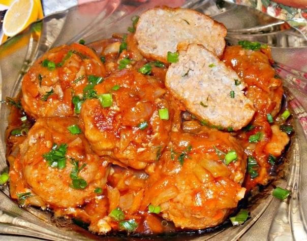 Ароматные Тефтели в томатном соусе