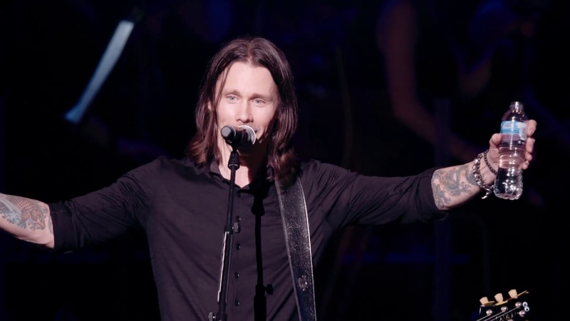 Alter Bridge Words Darker Than Their Wings Live At The Royal Albert Hall (OFFICIAL VIDEO)