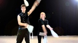 Jugglers James Guiver and Elanor Smith - Club Passing
