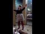 Танцы Салимы в Burger King - 1 [14052018]
