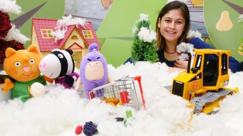 Oddbods oyuncakları Ayşenin oyuncak mağazasından kar küreyici alıyor!