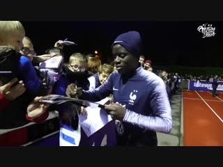 Les bleus avec leurs supporters, equipe de france i fff 2018