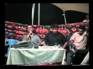 Resad Dagli vs Mehman Ehmedli - Ozmumu Bu Kentde Kenar bilmirem
