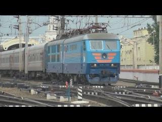 Электровоз ЧС6-006 с поездом №242 (Москва → Мурманск)