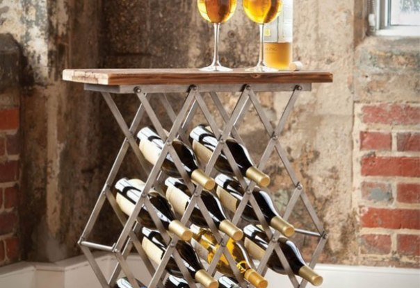 Стол-винный шкаф. Очень узкая столешница, а в остальном идея заслуживает внимания. Обеспечивается непрерывность процесса... ))