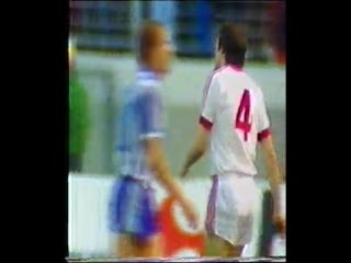 Кубок УЕФА 1981/82 . Гамбург (Германия) - Гётеборг (Швеция).