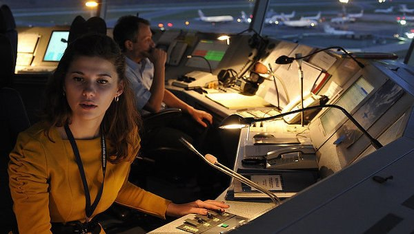 Переговоры авиадиспетчеров с пилотами самолетов онлайн