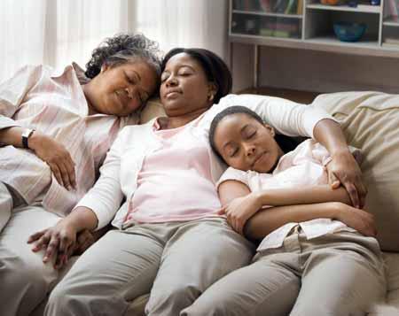Исследования показали, что регулярный сон может уменьшить стресс.