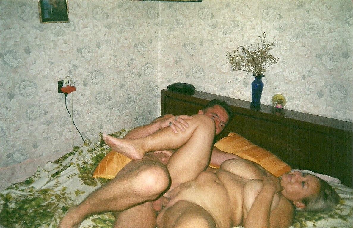Старухи подглядывание порно 4 фотография