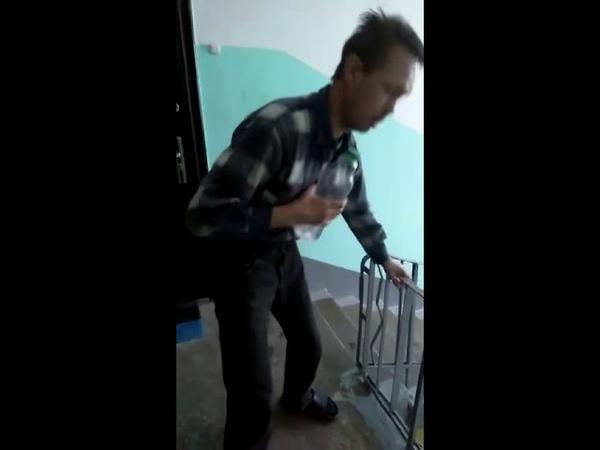 Жуткий алко Трэмор Алкаши тремор трясучка похмелье 😵