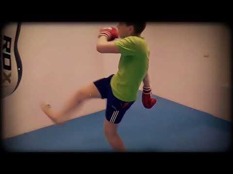 Тренировка у детей.Тайский бокс Челябинск. Клуб Бангкок фит