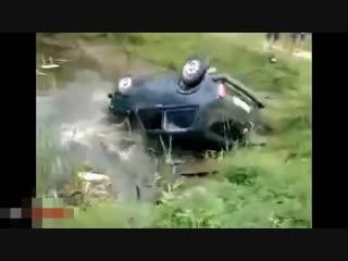 Как не нужно вытаскивать автомобили rfr yt ye;yj dsnfcrbdfnm fdnjvj,bkb