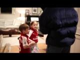 Девочка пришла на матч «Арсенала» с плакатом про Бельерина. Он приехал к ней в гости