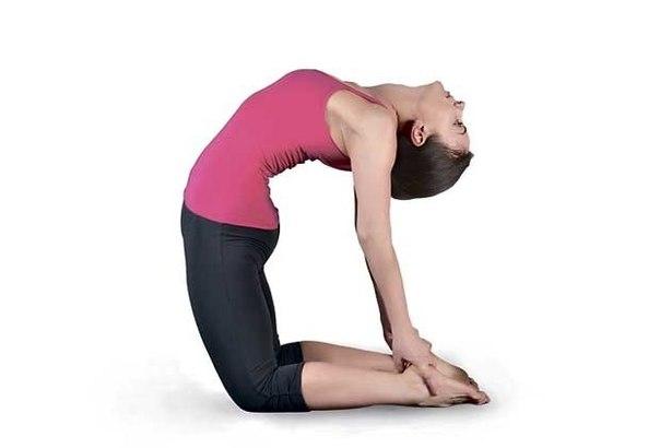 Вечерняя зарядка: 3 несложных упражнения для позвоночника…. (1 фото) - картинка