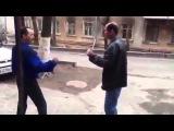 Улетная драка пьяных   два бывших бойца устроили махач