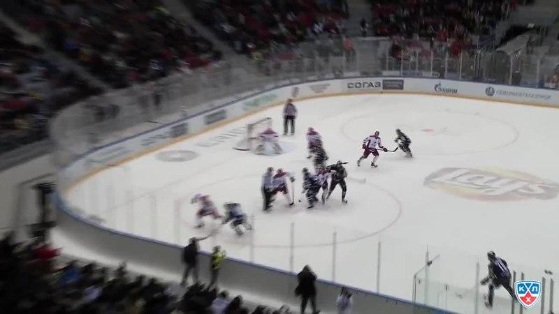 Моменты из матчей КХЛ сезона 14/15 • Гол. 2:2. Райан Уитни (Сочи) сравнял счёт в концовке третьего периода 22.02