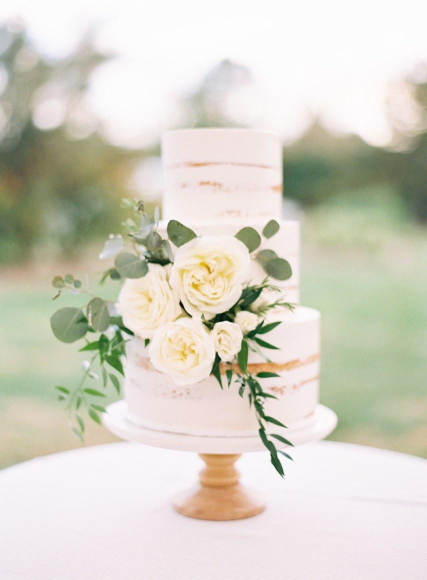 jWkW8p38zzE - 20 Уместных вопросов в разговоре с площадкой для свадьбы