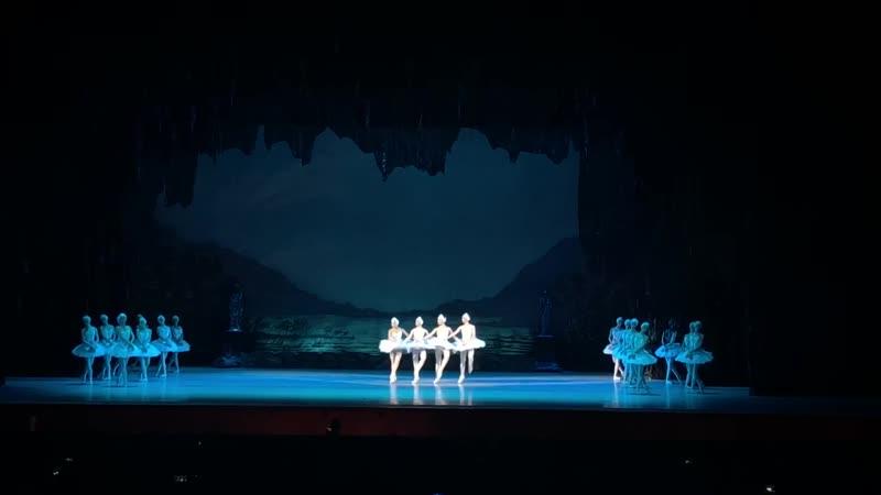 Государственный Кремлевский Дворец-Балет Лебединое озеро (П.Чайковский)