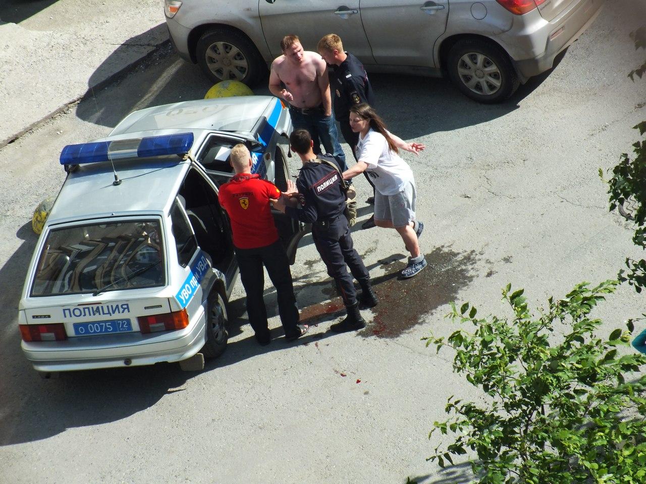 В пьяную разборку пришлось вмешаться полиции 2