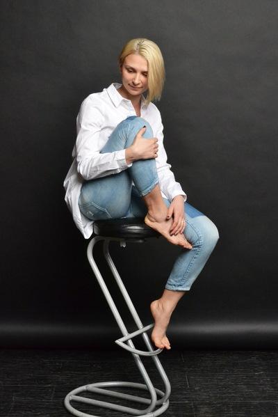 Катя Вельможная
