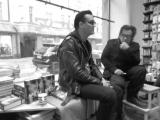 Jyrki Linnankivi Jonathan Shaw at Nide bookstore kirjakauppa Helsinki 08.02.2017