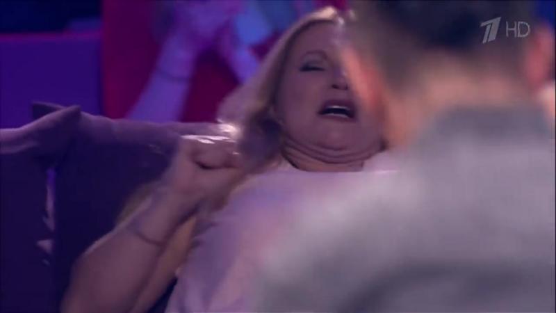 Тимур Родригез проводит бой с Джеффом Монсоном. Звезды под гипнозом. Фрагмент выпуска от 18.02.2018