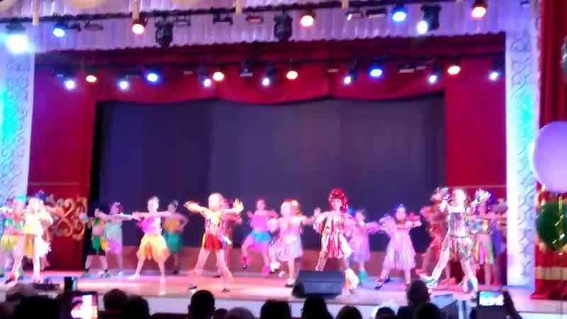 танец папуасы