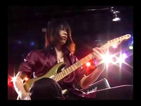 Takayoshi Ohmura (Babymetal) Young Guitar magazine demonstration