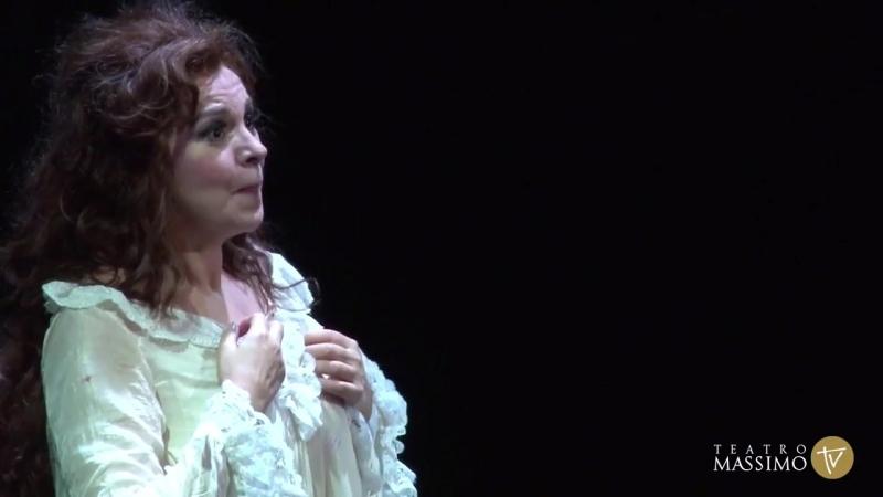 Angela_Gheorghiu_-_Adriana_Lecouvreur-_Act_IV_Death_Scene_-_22-10-2017_Teatro_Massimo_Palermo