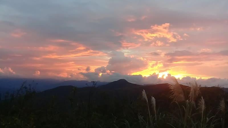 (HD) Дорога на Вилькабамбу (3) закат