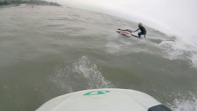Зимний морской фрирайд на стоячих гидроциклах