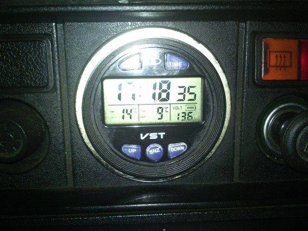Часы электронные ВАЗ 2101,