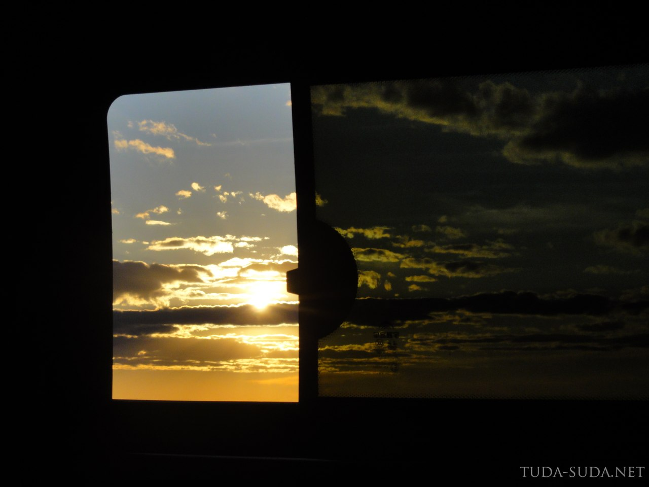 Закат из окна автобуса