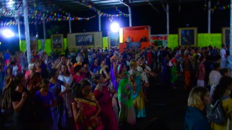 Танцы в главном пандале, Садху санга 2018
