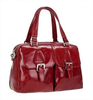 Женская сумка PALIO из натуральной матовой кожи красного цвета.  Цвет фурнитуры - никель.  Сумка закрывается на общую...