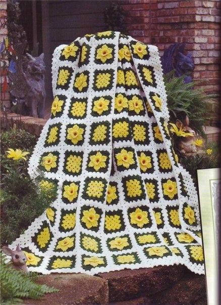 Плед с цветочными мотивами (3 фото) - картинка