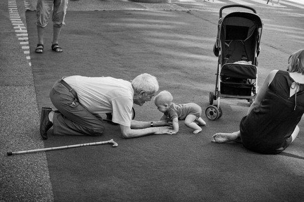 фото дня дедушка ребенок любовь счастье