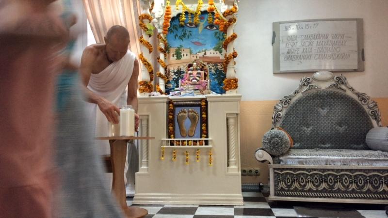 Абхишека 17 09 2018 Радхаштами