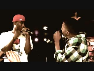Lecrae ft. KB - Dont Waste Your Life (live) 2010