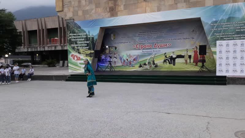 Лакский танец Юлия Ахмедова Аймани г Астрахань