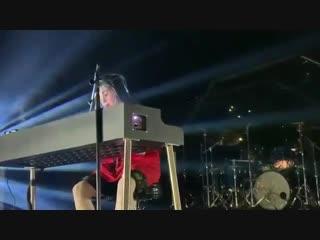Билли Эйлиш посвятила песню XXXTentacion [Новая Школа]