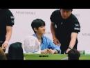 Hyunnie a fanboy