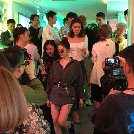 "Lens Me (전주 신시가지점) on Instagram ""현아 님 뮤지크X미나권 파티에 오셨네요 모델포스 .."